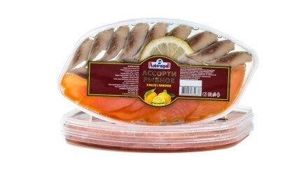 Ассорти рыбное (сельдь, кета) в масле с лимоном
