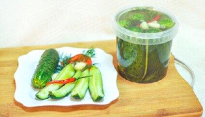 Салаты овощные, соленья и другое
